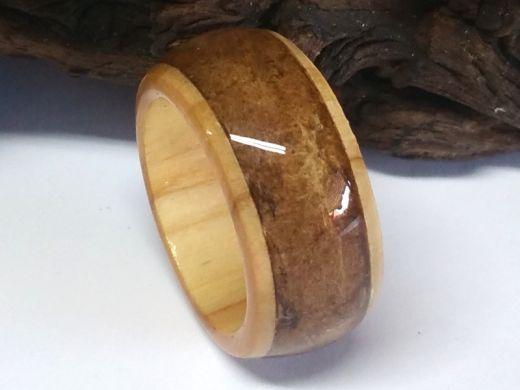 Holzring mit Inlay Tabakblatt BURLEY versiegelt (Basisring wählbar)