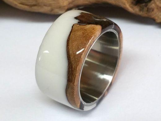 Holzring Rebholz mit weißem Kunstharz und Edelstahl Kern Ringgröße 55 Breite 12mm