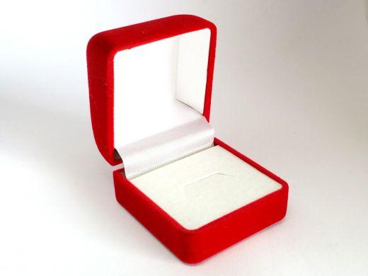 Ringetui aus Kunststoff mit Samtüberzug rot, Außenmaß: 45x50x38mm