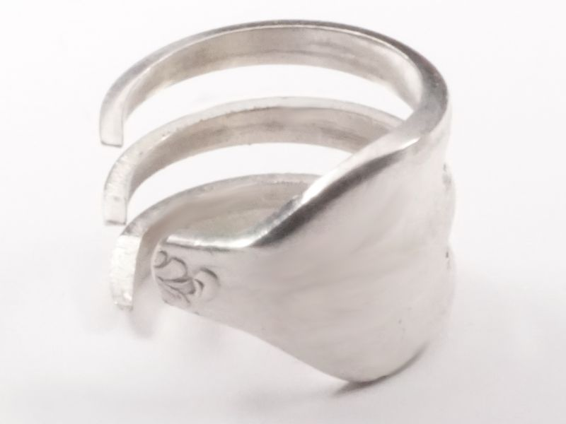 Besteckschmuck Ring versilbert aus upcyceltem Besteck