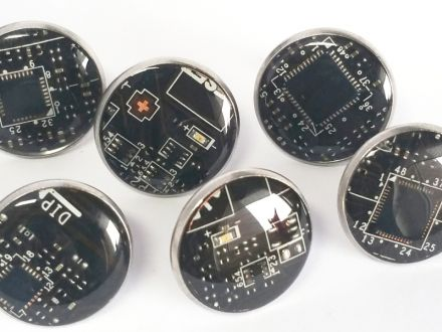 1 paar Upcycling Ohrstecker Edelstahl Ø 18mm Computer Platine in schwarz