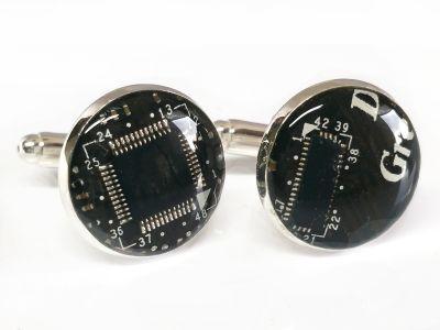 1 paar Upcycling Metall Manschettenknöpfe Ø 17,8 mm Computer Platine in schwarz