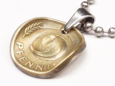 Anhänger Cowboyhut Münze 5 Pfennig BRD Deutschland Glückspfennig mit Kugelkette